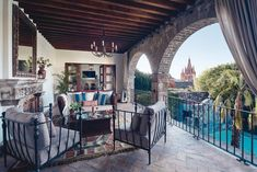 Experience authentic Mexico at Belmond Casa de Sierra Nevada. This luxurious San Miguel de Allende hotel and spa offers a city escape unlike anywhere else. Unique Hotels, Cheap Hotels, Beautiful Hotels, Best Hotels, Luxury Hotels, Sierra Nevada, Utah, Oregon, Mexico Honeymoon