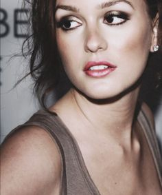 leighton. love her makeup