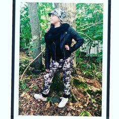 #repost @kikapifashion -  Syksyn siisteimmät housut #kikapifashion#lastenvaatekarnevaali #syksy #handmade #tyttöjenmuoti #haaremit #madeinfinland#pipo#lippapipo#beanie #tampere #helsinki #kidsfashion #autumn