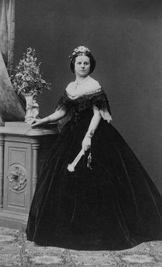 ca. 1865 Countess Salm by Ludwig Angerer From josefnovak33's photostream on flickr
