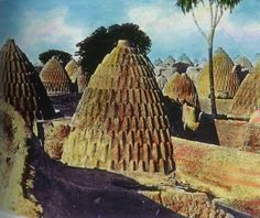 chad africa pictures modern | Conical Adobe Houses-Chad-African Indigenous