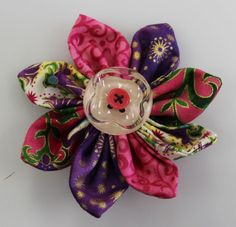 Find these flowers and other great projects on Northcott Fabric Circle www.northcottfabriccircle.com