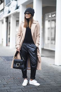 best outfits of minimal outfit ideas to try in 2017 Look Fashion, Winter Fashion, Fashion Outfits, Womens Fashion, Fashion Trends, Ladies Fashion, 2000s Fashion, Korean Fashion, Fashion Tips