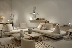 Canap design on pinterest ligne roset sofa pillows and deco - Canape ottoman cinna ...