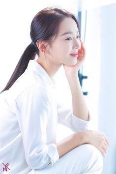 Go behind the scenes of Shin Hye Sun's commercial shoot! Korean Actresses, Asian Actors, Korean Actors, Actors & Actresses, Famous Celebrities, Korean Celebrities, Celebs, Best Kdrama, Love Film