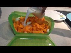 Crema de calabaza en estuche de vapor Lekue - YouTube Steamer Recipes, I Foods, Healthy Recipes, Healthy Food, Paleo, Menu, Vegetables, Cooking, Youtube