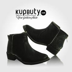 Klasyczne jesienne sztyblety, obszywane lamówką z suwaka. Tył buta ma motyw wężowej skóry- obowiązkowy w tym sezonie. Buty posiadają suwaczek ułatwiający zakładanie,który jednocześnie świetnie komponuje się zapiętką. Sztyblety w całości wyścielone są delikatnym futerkiem. #shoes #style #fashion #booties #girls #online #follow #black #cool #botki