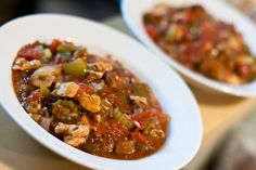 The season premiere of true Blood had cajun cooking running through my mind.  A trip to Reading Terminal market made it worse.  I HAD to learn to make gumbo!