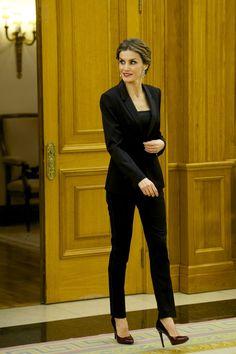 Queen Letizia of Spain Photos - Spanish Royals Attend an Audience - Zimbio