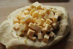 Jalapeños und Käsewürfel fürs Brot...
