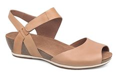 8b0387467a26 Neutral colored sandals like the Dansko Vera in Sand are a wardrobe staple!  Sandals Outfit
