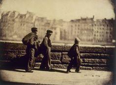 Les ramoneurs en marche de Charles Nègre – Paris 1852 (photo présente au Musée Carnavalet). Premiers essais de capture du mouvement.