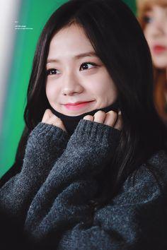 Image about kpop in —blackpink Kim Jennie, Jenny Kim, Blackpink Jisoo, Kpop Girl Groups, Korean Girl Groups, Kpop Girls, Yg Entertainment, Forever Young, Black Pink ジス