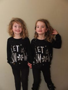 Meet Poppy and Isabella, 4-year-old identical twin girls from England who are already skilled at pranking. | This Dad Is Using His Identical Twin Girls To Freak People Out At Hotels - BuzzFeed News
