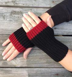 Women's Gift Hand Warmers Fingerless Gloves by Knitting For BeginnersKnitting HatCrochet ProjectsCrochet Amigurumi Fingerless Gloves Knitted, Crochet Gloves, Knit Mittens, Knit Crochet, Knitting Projects, Knitting Patterns, Crochet Patterns, Mittens Pattern, Knitting Accessories