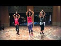 Una canción que invita a bailar de inmediato. ¡Disfruta de la coreografía! FACEBOOK: https://www.facebook.com/pages/Danyela-Latin-Singer/601112523255620 ZUMB...