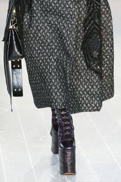 See the complete Marc Jacobs Fall 2016 Ready-to-Wear collection.