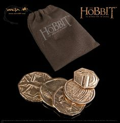 NEW Treasures From Weta Workshop - The pouch filled with 5 unique golden coins from Smaug's treasure hoard