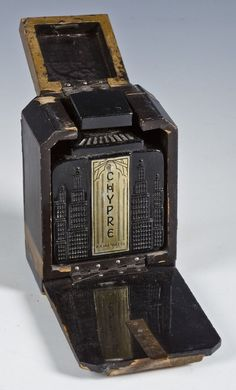 Lot:Chypre Art Deco Perfume Bottle and Box, Lot Number:438A, Starting Bid:$50, Auctioneer:Cordier Auctions & Appraisals, Auction:Chypre Art Deco Perfume Bottle and Box, Date:06:00 AM PT - Nov 9th, 2013