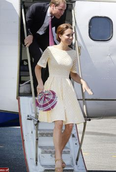 Where does she find all of these gorgeous dresses? Kate Middleton dresses style