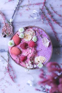 Getting more from your smoothies. Healthy smoothie tips and ideas Apple Smoothies, Vegan Smoothies, Breakfast Smoothies, Smoothie Recipes, Breakfast Bowls, Smoothie Bowl, Clean Eating Snacks, Foodies, Colour