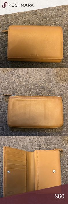 Coach wallet Wallet opens up has many compartments, gently used. Coach Wallet. Coach Bags Wallets