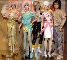 Jem And The Holograms Integrity toys Jem Et Les Hologrammes, Jem Doll, Jem And The Holograms, Star Wars, Beautiful Barbie Dolls, Mini Things, Barbie Friends, Disney Cartoons, Bjd Dolls