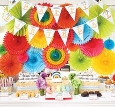 Rainbow Wizard of Oz {Birthday Party} // Hostess with the Mostess®