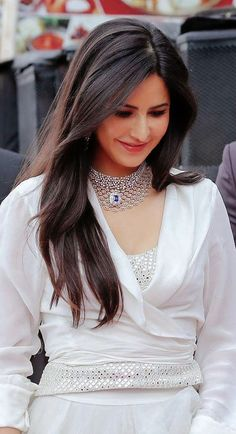Katrina Kaif Wallpapers, Katrina Kaif Images, Katrina Kaif Hot Pics, Katrina Kaif Photo, Indian Bollywood Actress, Beautiful Bollywood Actress, Beautiful Indian Actress, Indian Actresses, Bollywood Outfits