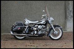 1962 Harley-Davidson FLH | Mecum Auctions