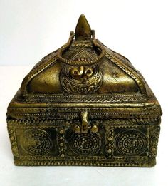 Antique Heavy Brass Treasure Chest Carved Storage Box 3.8 Pounds! Detailed Piece