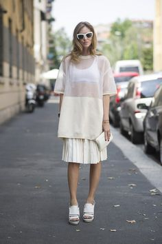 Pin for Later: 58 Flawless Ways to Style the End of Summer Summer Street Style Summer whites don't have to be predictable, especially when they come in sheer, oversize layers and chunky platforms.