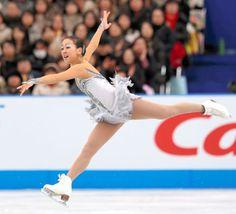 2012年11月24日、優勝した浅田真央のフリーの演技 (650×590) http://www.asahi.com/olympics/sochi2014/gallery/figure_asada/A031.html
