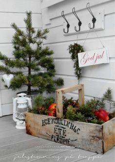 La signorina Mette: canti di Natale davanti alla porta ...