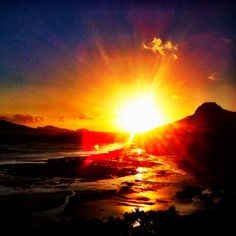 Sunrise on Hamilton Island #crossequalslove