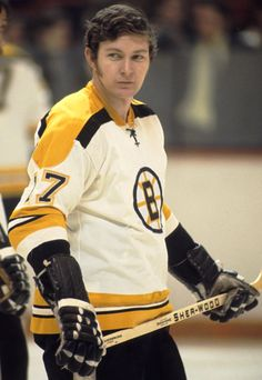 "Fred Stanfield, Boston Bruins, - (Blackhawks His ""second"" line with Bucyk and McKensie played like a first line. He was also a point on the PP unit Boston Bruins Hockey, Pittsburgh Penguins Hockey, Chicago Blackhawks, Ice Hockey Teams, Hockey Stuff, Old Sports Cars, Sport Cars, Hockey Girls, Hockey Mom"