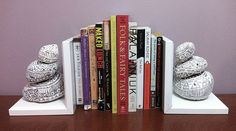 DIY Bookends   DIY Painted Rock Book Ends - Kayla is a Machine