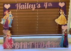 Princess Birthday Party Ideas for 4 year-olds Princess Party Supplies, Princess Birthday Party Decorations, Disney Princess Birthday Party, 4th Birthday Parties, 5th Birthday, Birthday Ideas, Party Frame, Party Ideas, Diy Ideas