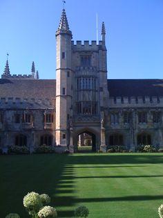 Attractive Oxford http://www.travelandtransitions.com/european-travel/
