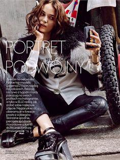 SELFIE MAGAZINE EDITORIAL HIGH FASHION FUN PHONE CASES TECH ACCESSORIES Portret Podwojny for Elle Poland December 2013  Photographer: Agata ...