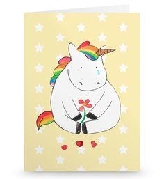 Grußkarte Einhorn Traurig aus Karton 300 Gramm  weiß - Das Original von Mr. & Mrs. Panda.  Die wunderschöne Grußkarte von Mr. & Mrs. Panda im Format Din Hochkant ist auf einem sehr hochwertigem Karton gedruckt. Der leichte Glanz der Klappkarte macht das Produkt sehr edel. Die Innenseite lässt sich mit deiner eigenen Botschaft beschriften.    Über unser Motiv Einhorn Traurig  Ooooh, ein trauriges Einhorn... Da hilft wohl nur noch jede Menge Glitzer! Das traurige Einhorn ist die beste Methode…