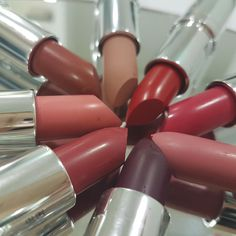 Seventeen Matte Lipstick Matte Lipstick, Lipsticks, Seventeen, Fashion Beauty, Cosmetics, Instagram Posts, Lipstick