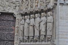 Statues- Notre Dame