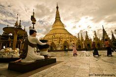 Shwe Dagon Pagoda, Yangon, Myanmar. #yangon
