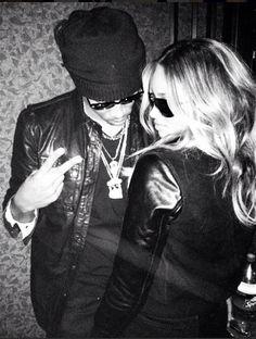 Ciara Get Future's initials on Her Engagement Finger? Future Ciara, Future Freebandz, Dope Couples, Cute Celebrity Couples, Cutest Couples, Black Love, Black Is Beautiful, Beautiful Women, Ciara Wilson