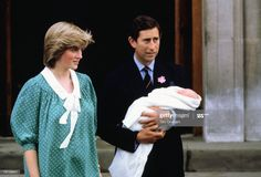 Foto di attualità : Prince Charles, Prince of Wales and Diana,... Prince Charles And Diana, Prince Harry And Meghan, Prince William, Princess Anne, Prince And Princess, Princess Charlotte, Lady Louise Windsor, Princess Diana Pictures, Baby Prince