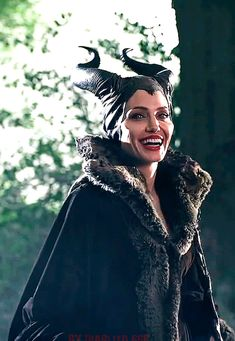 Check out all the awesome maléfica gifs on WiffleGif. Including all the angelina jolie gifs, maleficent gifs, and gifmovie gifs. Angelina Jolie Maleficent, Maleficent Movie, Angelina Jolie Gif, Malificent, Maleficent Quotes, Disney Love, Disney Magic, Disney Disney, Live Action