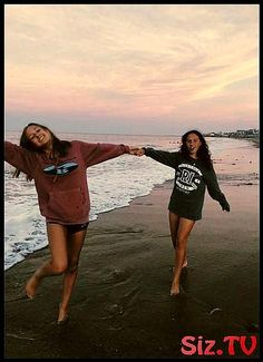 Trendy photography ideas for friends sisters photoshoot friendship Ideas- – Best Friends Forever Friend Friendship, Bff Pictures, Best Friends Forever, Save Image, Twins, Sisters, Cover Up, Photoshoot, Selfie