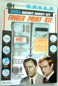 1965 The Man From UNCLE Finger Print Kit Awesome! I remember my brother playing Man of Uncle all the time :) Vintage Toys 1960s, Vintage Tv, Vintage Games, Retro Toys, 1960s Toys, Vintage Dolls, Spy Shows, Old Tv Shows, Gi Joe