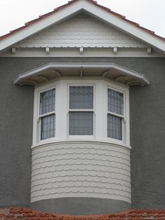 "Window Detail of ""Ellesmere"" an Arts and Crafts Style Mansion - Moonee Ponds by raaen99, via Flickr #artsandcrafts #greenvillscrealestate #greenvilleschomerestoration"
